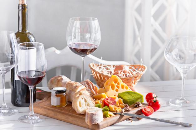vin og tapas